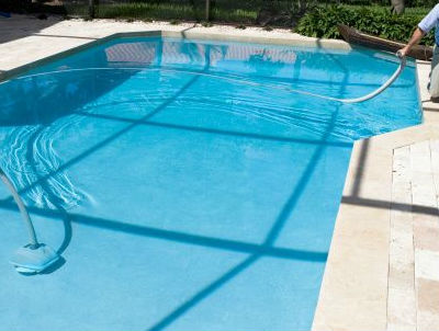 Limpieza interior exterior alquiler y venta de apartamentos for Limpieza de piscinas